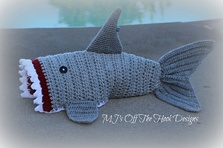Knitting Pattern For A Shark Blanket : Ravelry: Bulky & Quick Shark Blanket pattern by MJs Off The Hook Des...