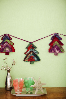 Gifts_garland_small2
