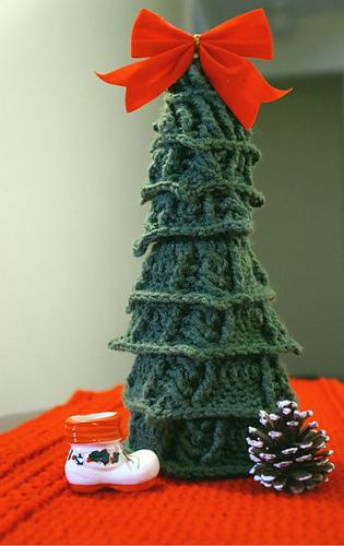 Bos_tree-raelynn_medium