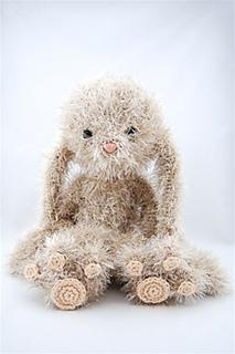 Amigurumi Monsters Tessa Van Riet : Ravelry: Fuzzy konijn pattern by Tessa van Riet