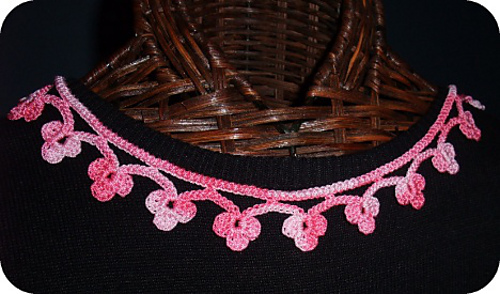 Pink_var_necklace_medium