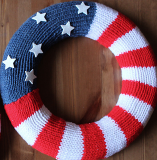 Ravelry Patriotic Wreath For Knitters Pattern By Kristen