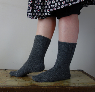 Classic_socks_side_small2