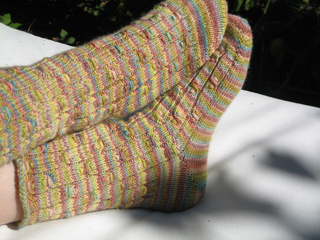 Punctuated_rib_socks_-_copy_small2