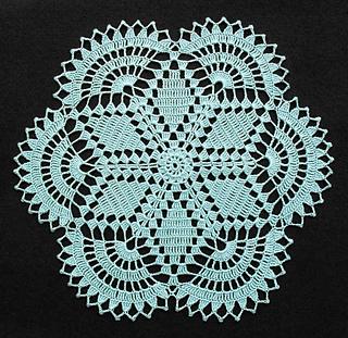 Hexagon_doily_13x13-inches_03-11-13_small2