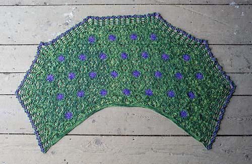 Montclair_shawl_flat_medium