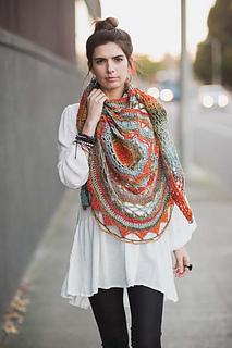 Ventura-shawl-on-front_small2