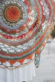 Ventura-shawl-close_small2