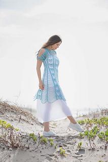 Zephyr-dress-at-beach_small2