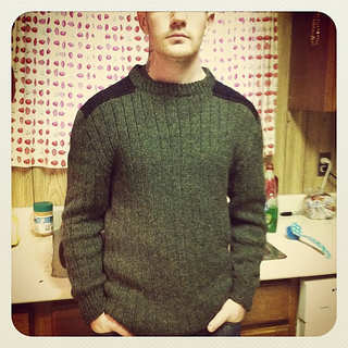 Alecsweater_small2