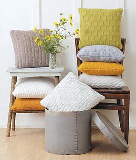 Pillows__09308_1344285600_1280_1280_small2