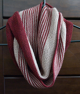 Rayas_cowl_small2