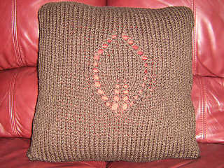 Brown_pillow_001_medium_small2