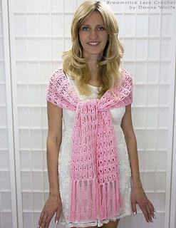 Broomstick-lace-crochet-donna-wolfe-naztazia-wrap-scarf_small2