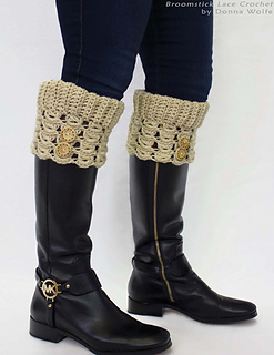 Broomstick-lace-crochet-donna-wolfe-naztazia-boot-cuff-cuffs-sock-socks_small2