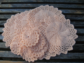 Free Knitted Round Dishcloth Patterns : Ravelry: Lacy Round Cloth pattern by Rhonda White