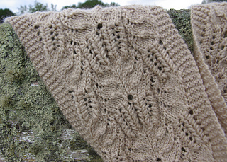 Victorian_lace_close_up_small2