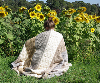 Blanket_posing_small2