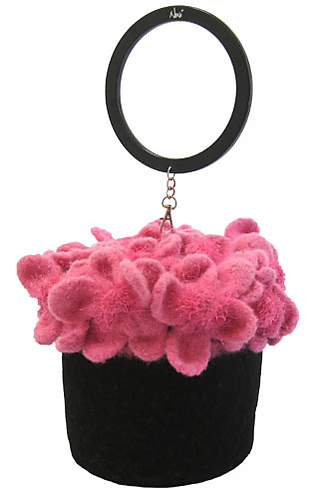 Spring_basket_black_sized_medium