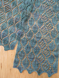 Madrona-lace-scarf-pattern-pdf_2__small2
