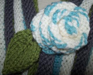 Blue_rose_flower_small2