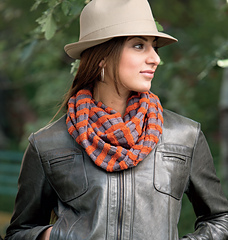 Checkered_cowl_small