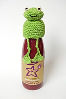 Frog_crochet_hat_small2