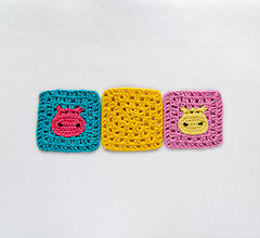 Hippogrannysquare_04_small