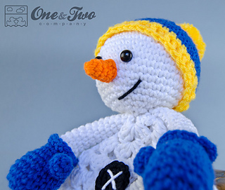 Snowman_security_blanket_04_small2