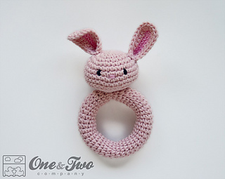 Bunnyrattle_01_small2