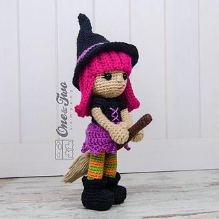 Willow_the_witch_amigurumi_crochet_patttern_02_small2