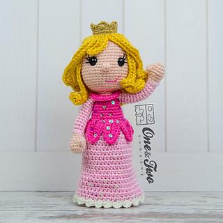 Amigurumi Rose Free Pattern : Ravelry: Princess Rose Amigurumi pattern by Carolina Guzman