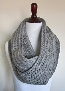 Free Irish Knitting Patterns : Ravelry: Eyelet Infinity Scarf pattern by chez pascale