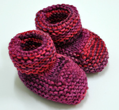 Amaranth_booties_small