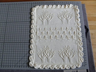 Ravelry: Baby Tree of Life Throw pattern by Nicky Epstein