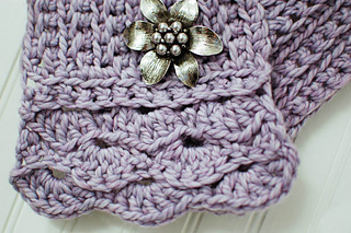 Crochet_scarflette_pattern__1_of_5__small2