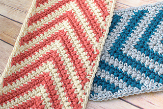 Chevron_ripple_scarf_crochet_pattern_small2