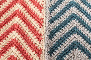 Chevron_ripple_scarf_crochet_pattern-5_small2