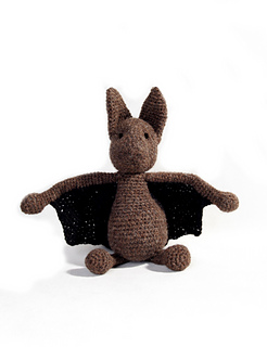 Crochet_bat_halloween_amigurumi_pattern_small2