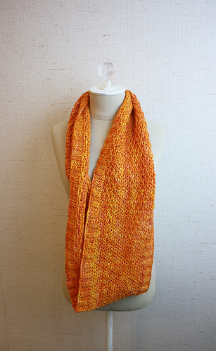Celle_cowl_2_medium