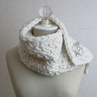 Snow_neckwarmer_1a_small2