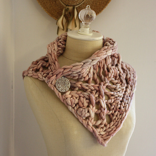 Arrow_cowl_2a__small2