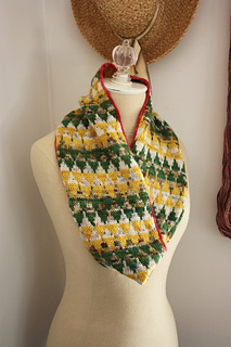Cair_paravel_cowl_3_small2