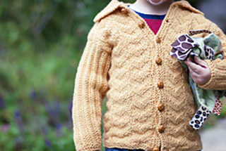 Dugdale_baby_set_by_corrina_ferguson_sweater_closer_small2