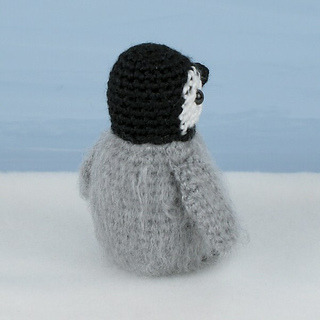 Ravelry: Baby Emperor Penguin pattern by June Gilbank