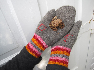 Eloquencemitten2_small2