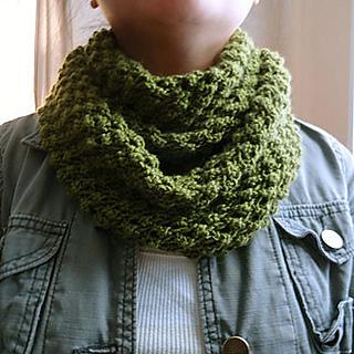 Budding_infinity_scarf_small2