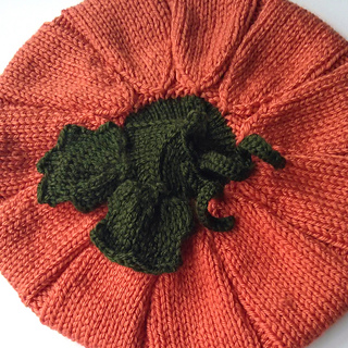 Pumpkin_hat_greens_small2