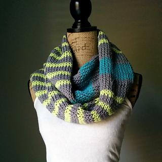 Neon_scarf_sleeveless_small2