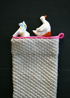 Knit-christmas-stocking-28_small2